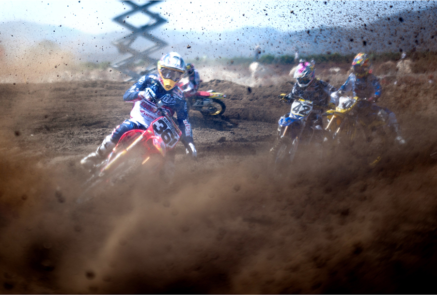 Third turn chaos, 450 class, Pala National MX, 2011