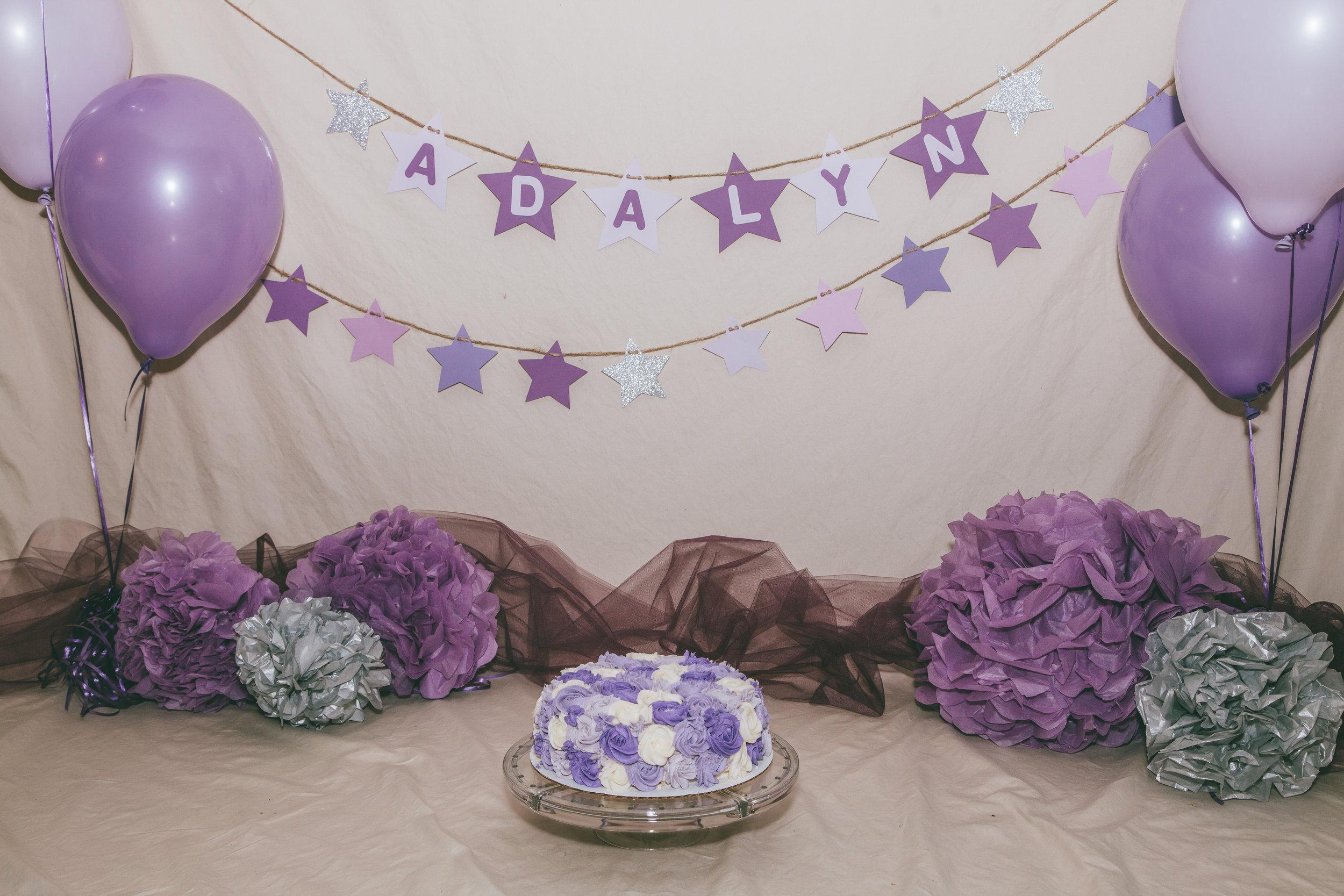 Addie cake smash-1.jpg
