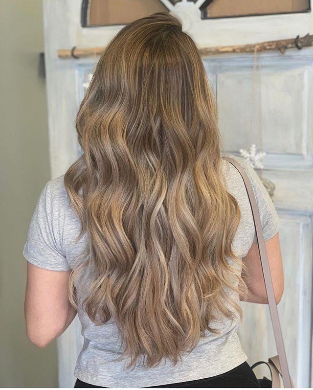 . . . . . . #blonde #highlights #rootyblonde #bleach #highlights #balayage #brunette #asianhair #healthyhair #hairjoi #joico #olaplex #redken #behindthechair #modernsalon #cltsalon #haircolor #curls #spanishhair