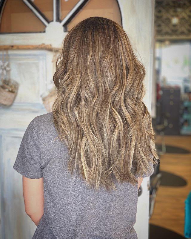 Slowly but Surely .. . . . #blonde #highlights #rootyblonde #bleach #highlights #balayage #brunette #asianhair #healthyhair #hairjoi #joico #olaplex #redken #behindthechair #modernsalon #cltsalon #haircolor #curls