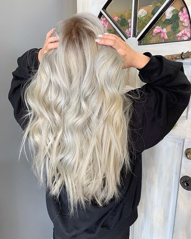 👩🏼🦳 it isn't easy.  Def takes lots of time to achieve this look.  #blondeme #behindthechair #modernsalon #cltsalon #guytang #blonde #asianblonde