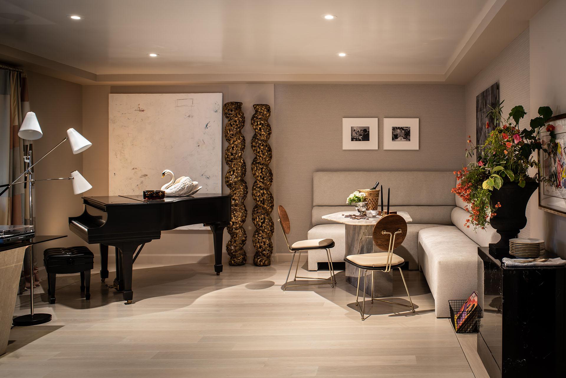 BelewArmour_Lounge1_Room#38_SFShowcase19_LowRes.jpg