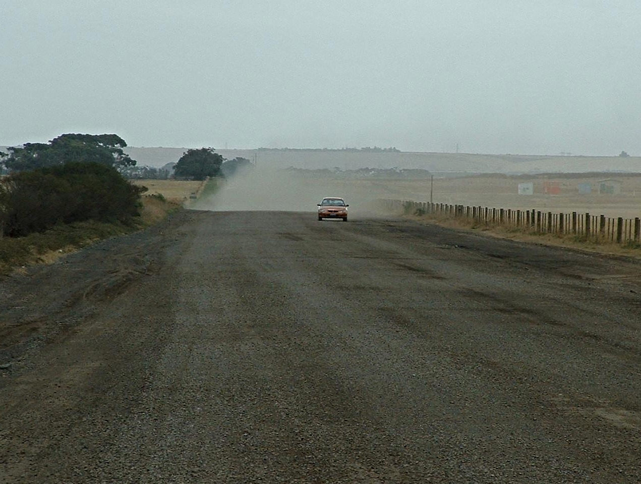 Road before stabilisation with Soilbond's dust control solution