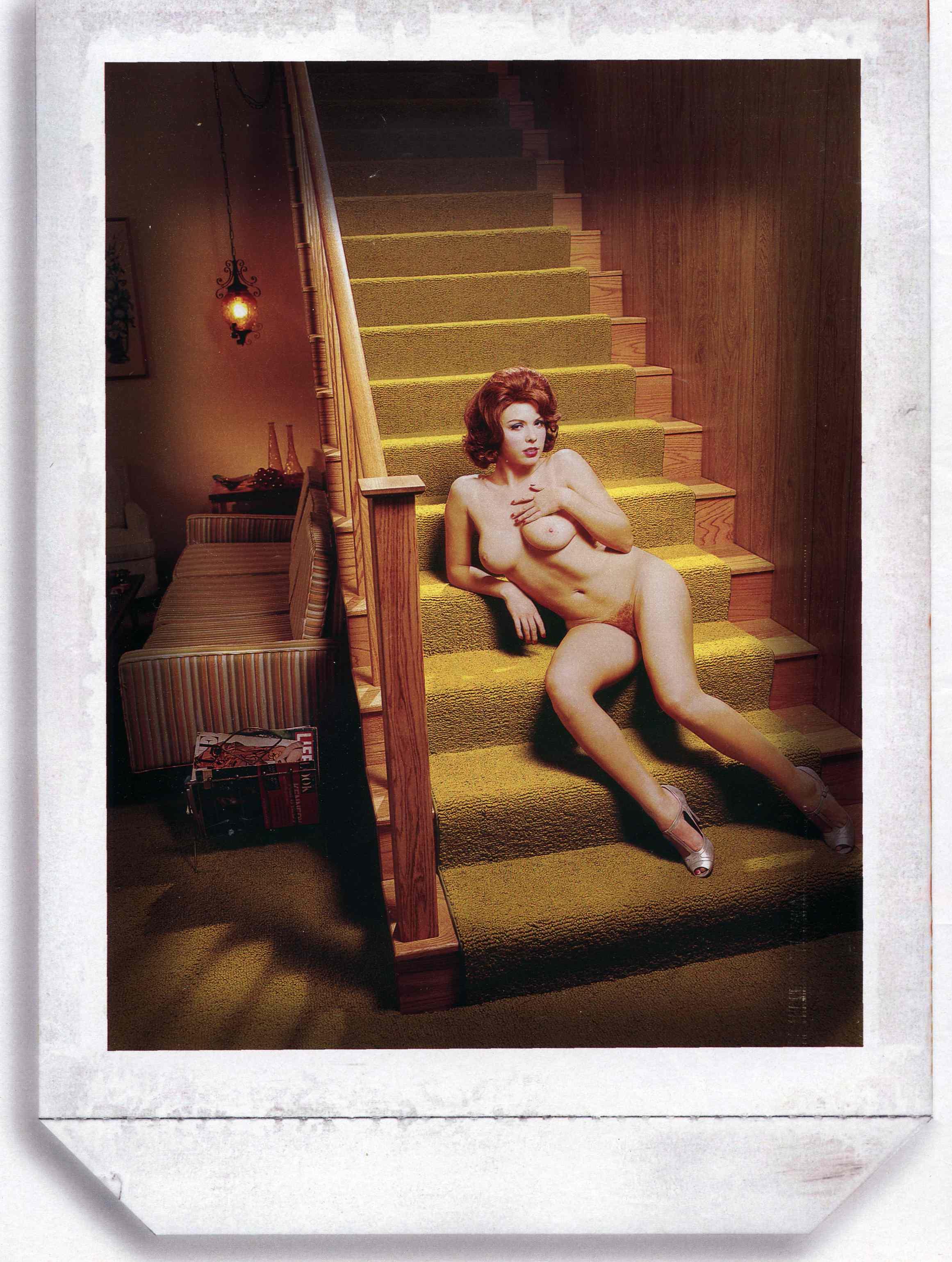 staircase250.jpg