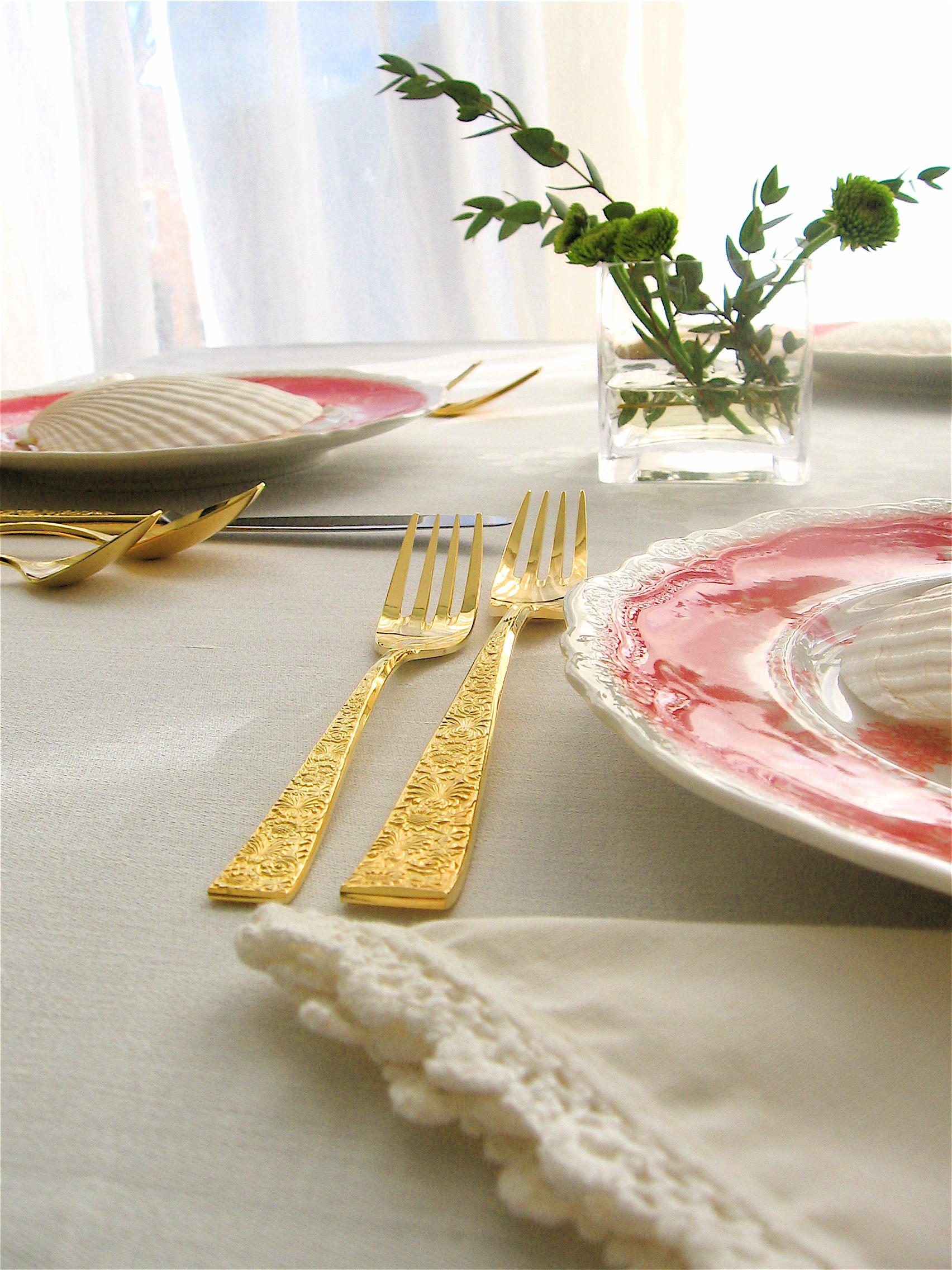 orange table setting.JPG