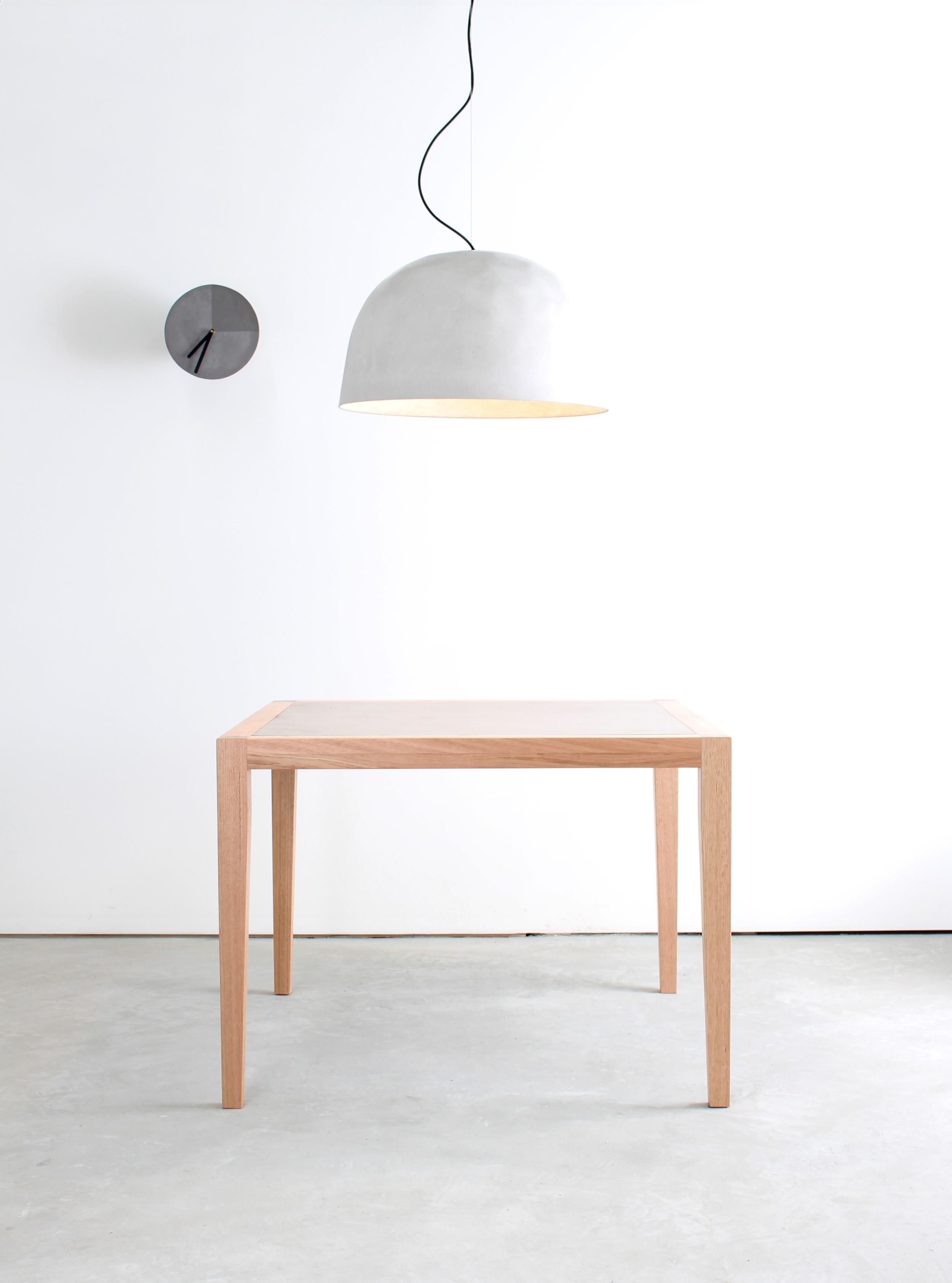 Snowi Concrete Pendant Light with Neli Dining Table