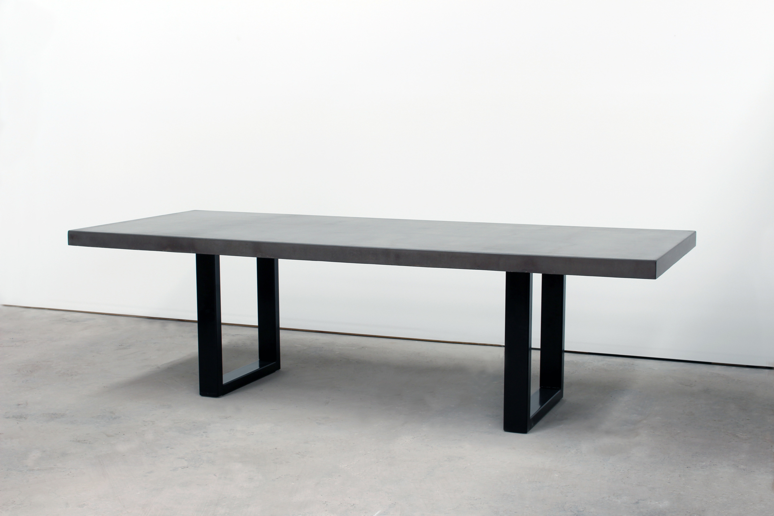 Uuno Concrete Dining Table - 12 Seat