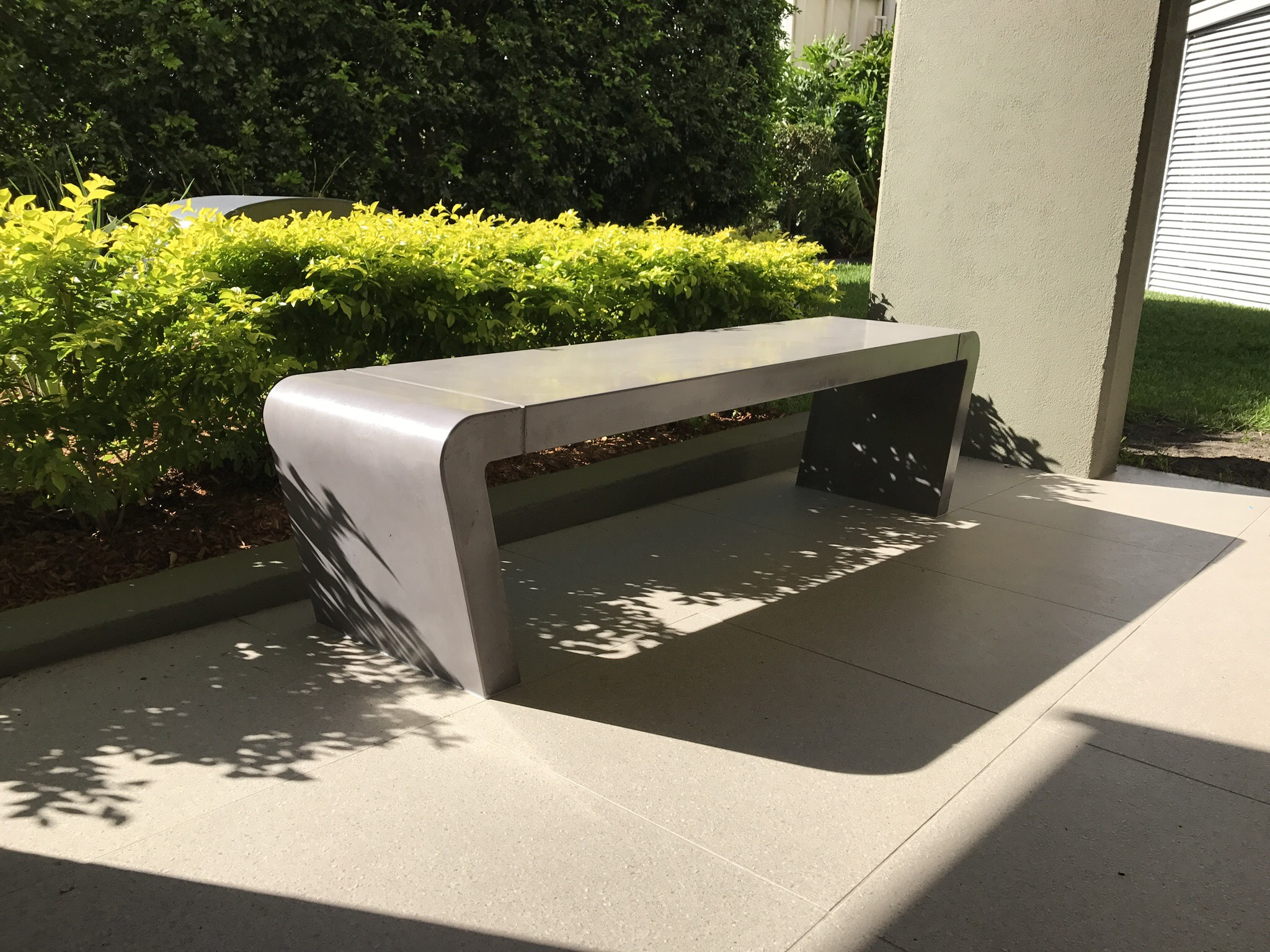 Istu Concrete Bench Seat - Full Concrete