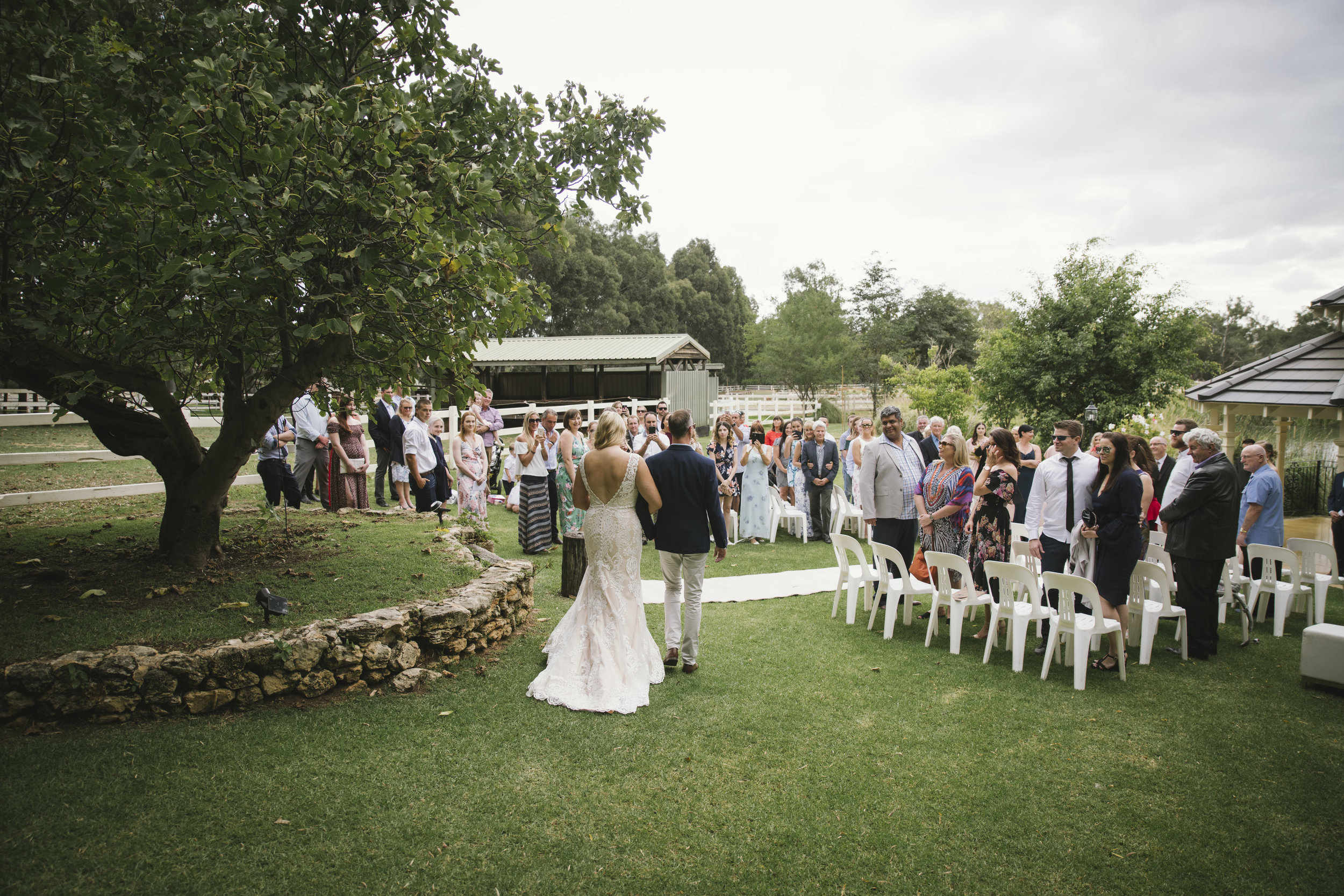 Angie Roe Photography Brookleigh Estate Swan Valley Perth Wedding (10).jpg