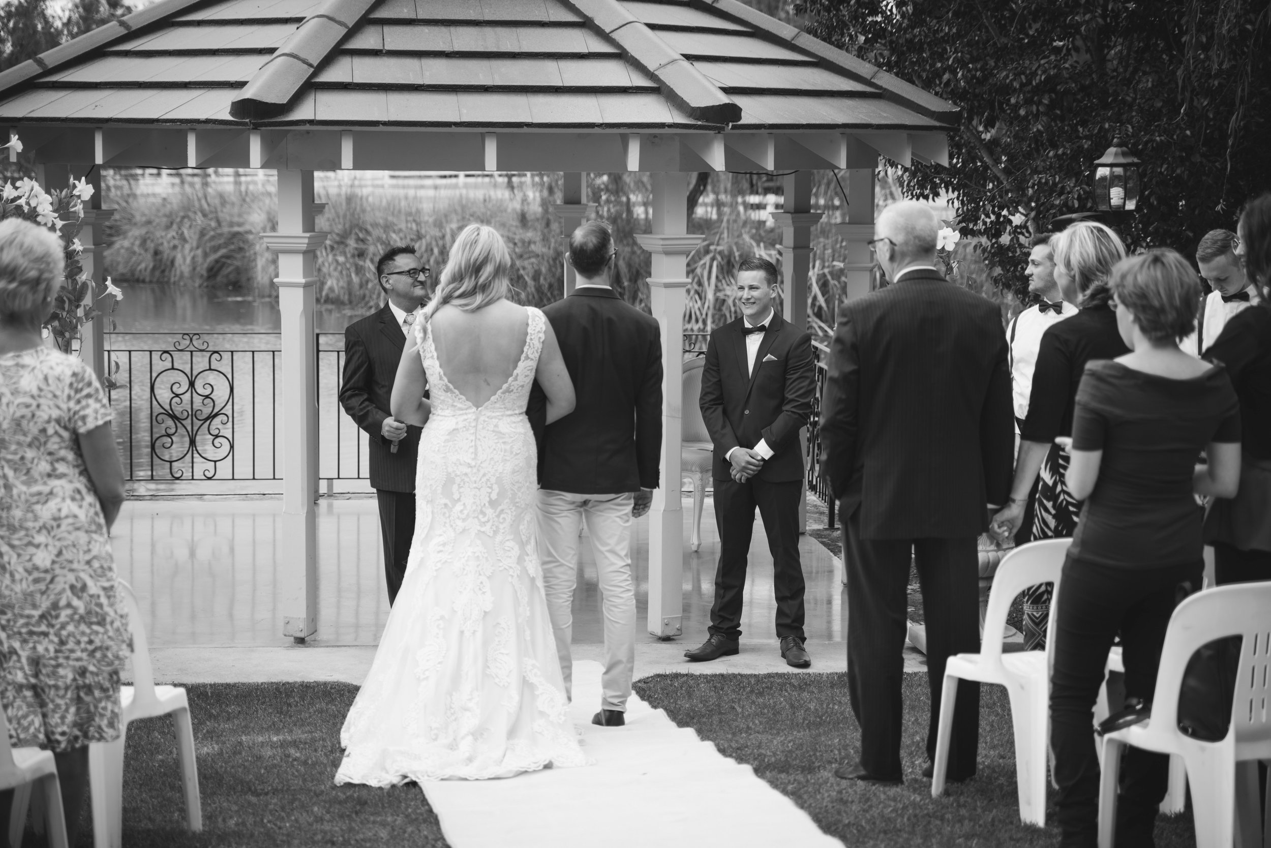 Angie Roe Photography Brookleigh Estate Swan Valley Perth Wedding (11).jpg