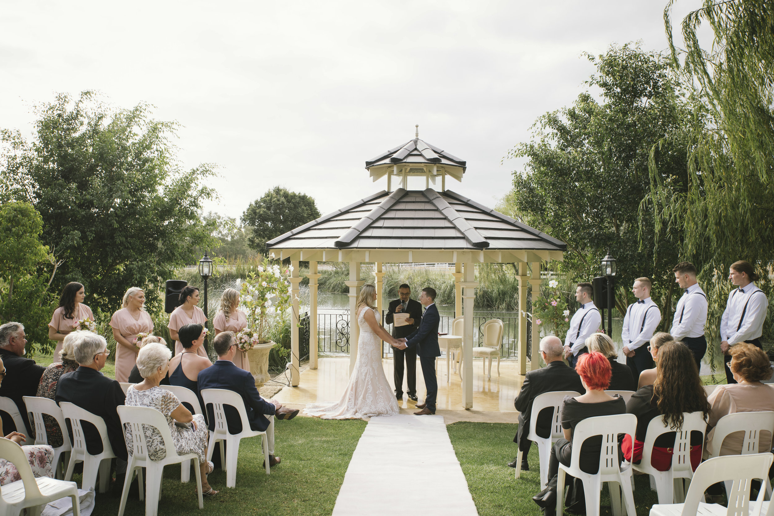 Angie Roe Photography Brookleigh Estate Swan Valley Perth Wedding (12).jpg
