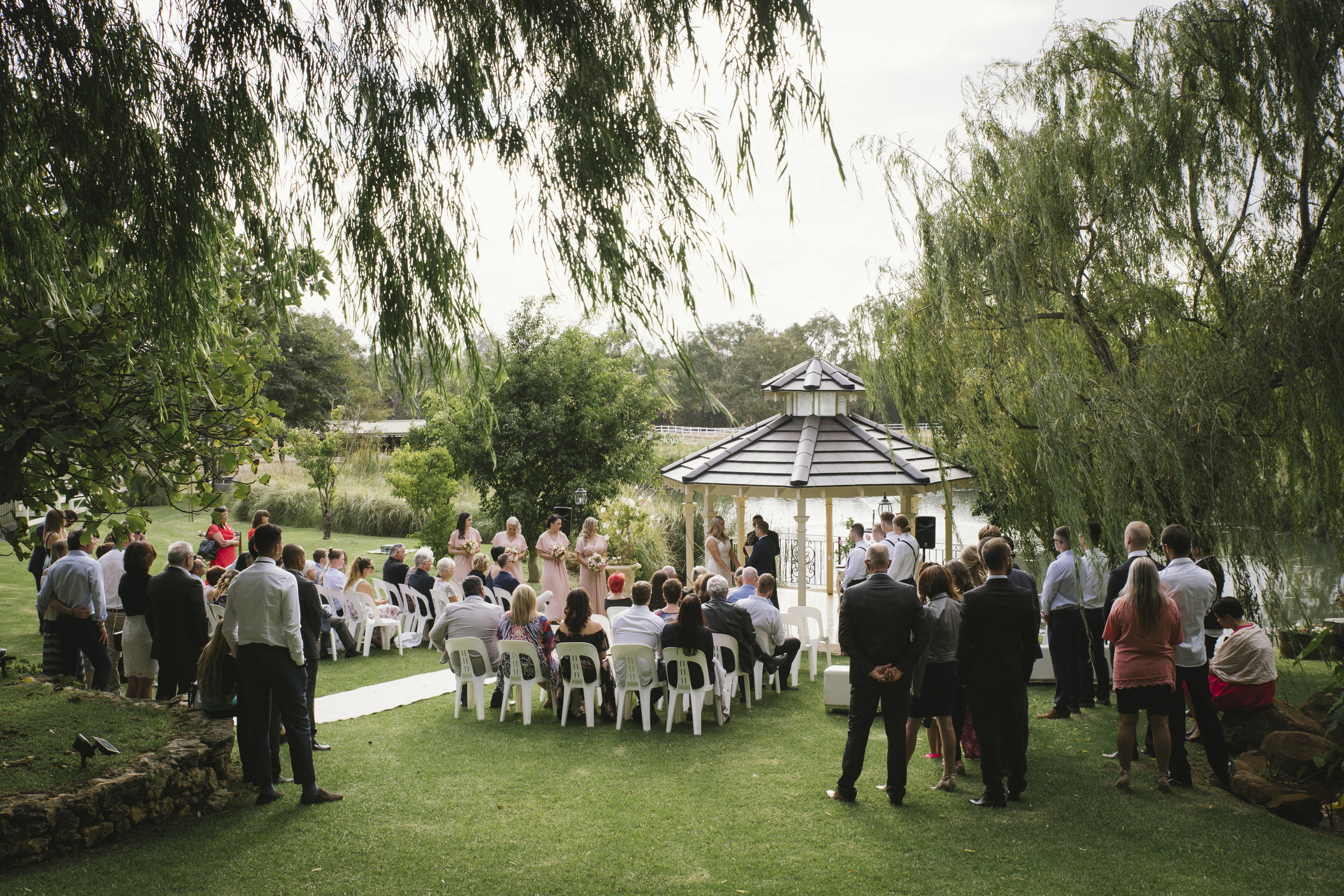 Angie Roe Photography Brookleigh Estate Swan Valley Perth Wedding (15).jpg