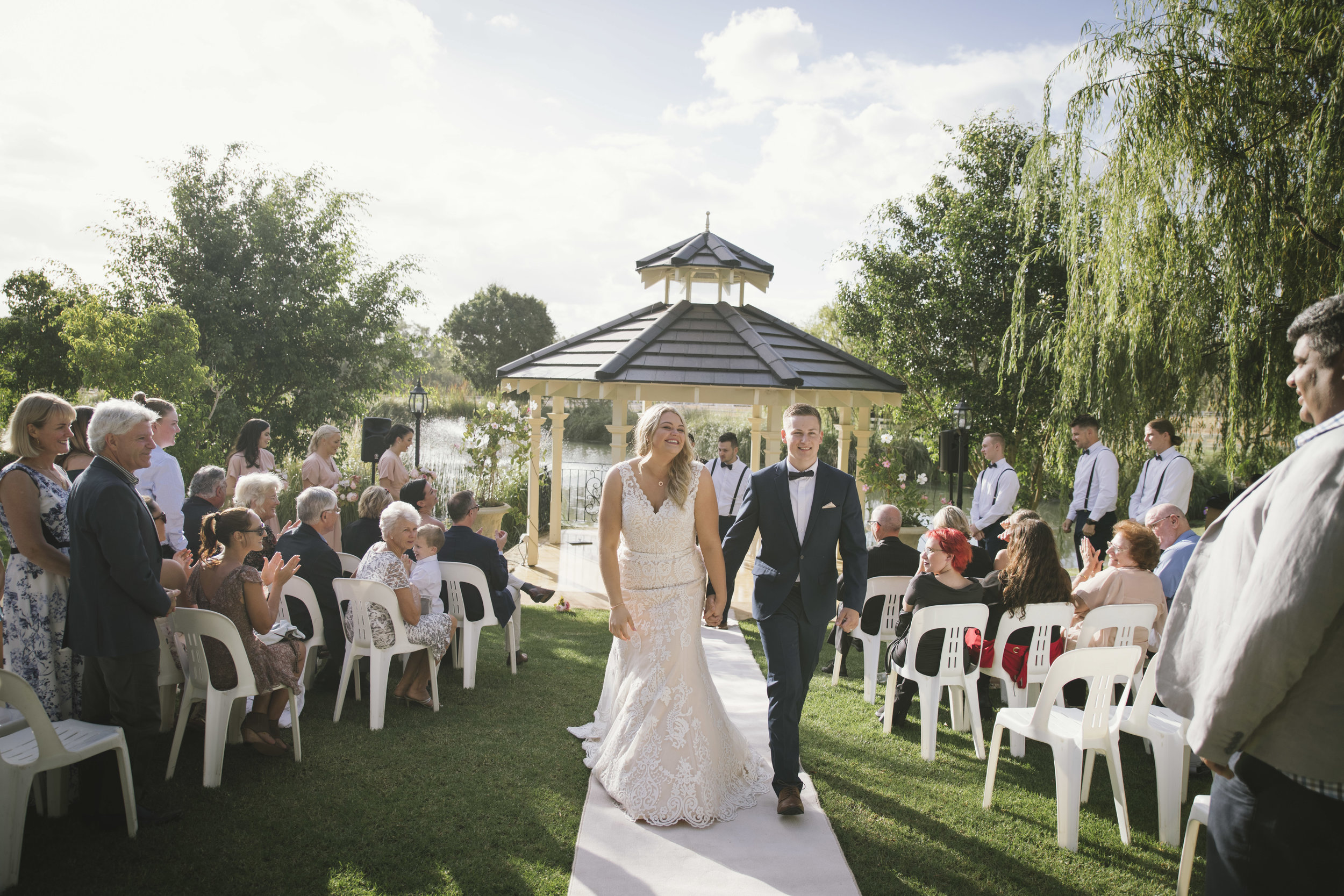Angie Roe Photography Brookleigh Estate Swan Valley Perth Wedding (24).jpg