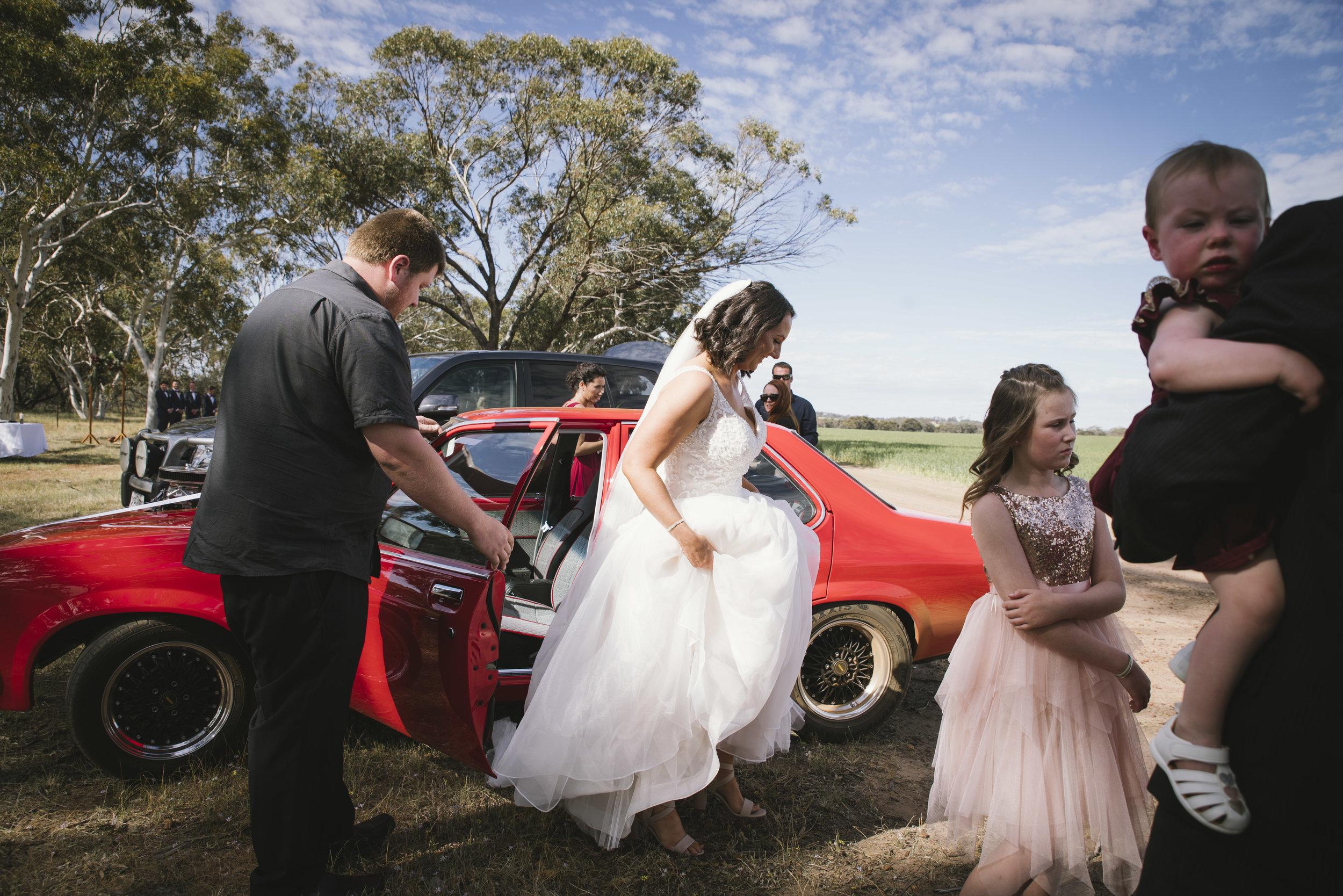 Angie Roe Photography Wheatbelt Avon Valley Farm Wedding (14).jpg