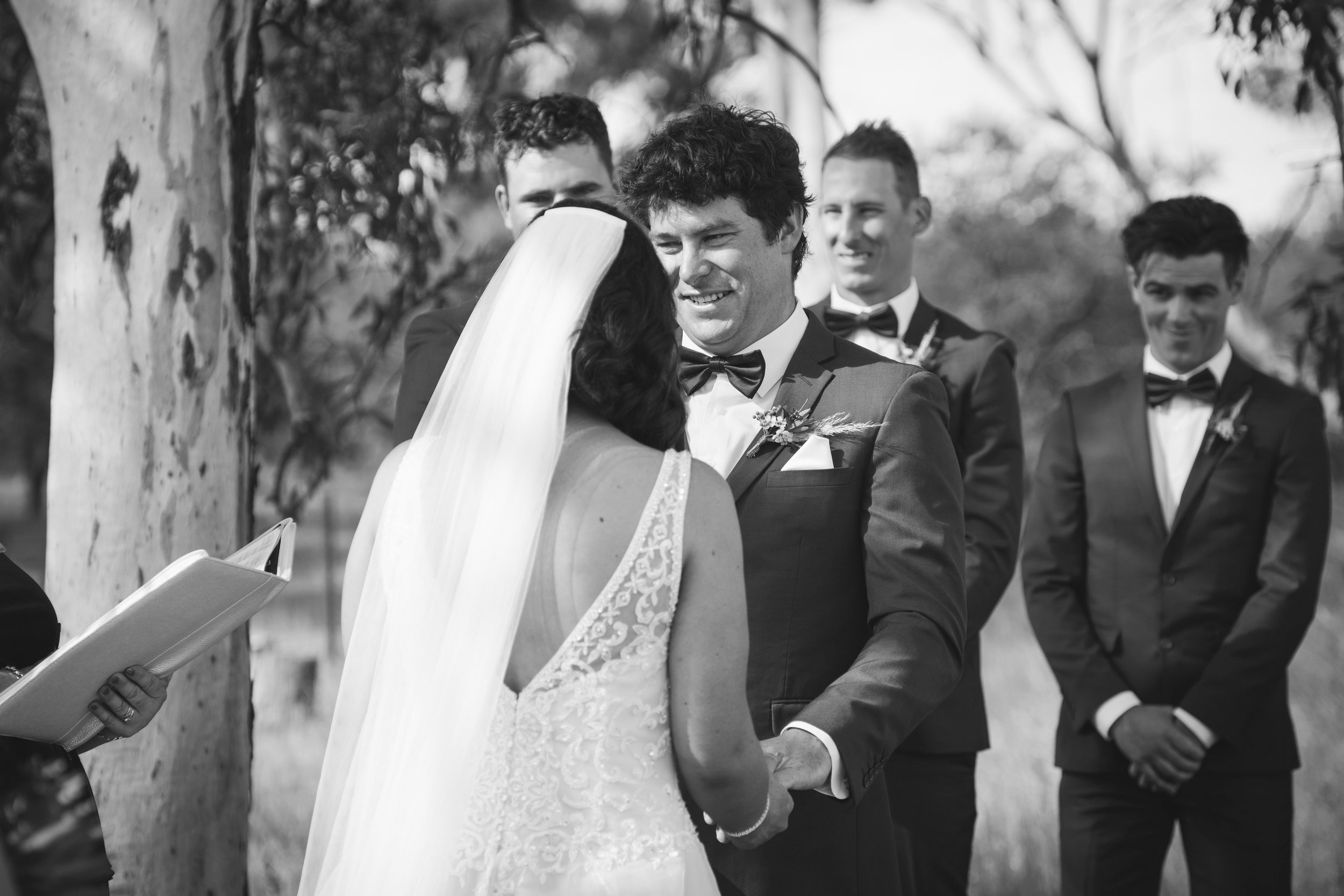 Angie Roe Photography Wheatbelt Avon Valley Farm Wedding (19).jpg