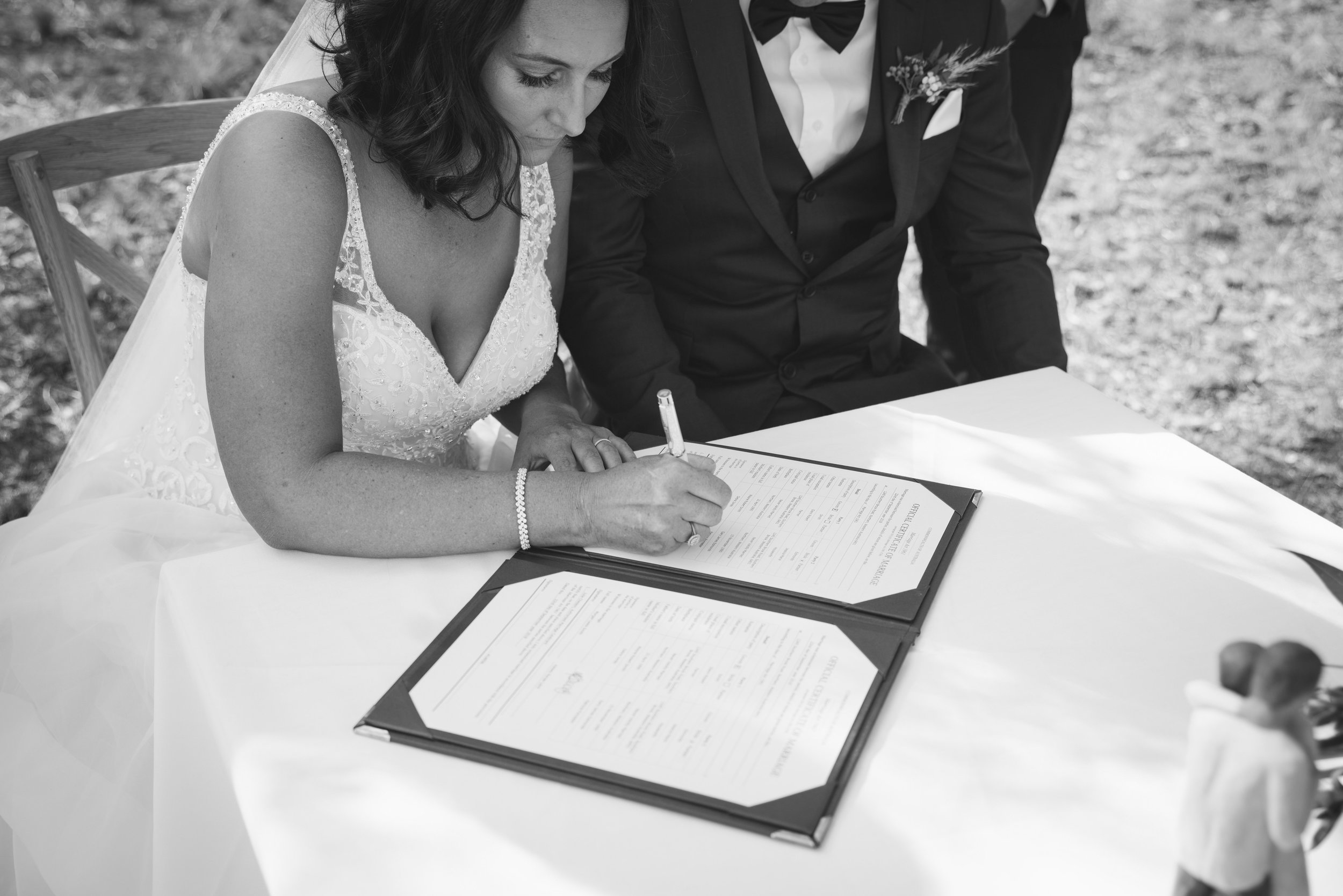 Angie Roe Photography Wheatbelt Avon Valley Farm Wedding (24).jpg