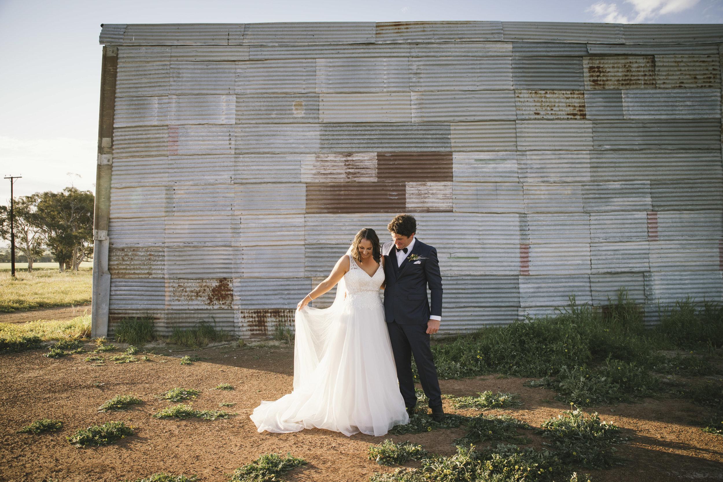 Angie Roe Photography Wheatbelt Avon Valley Farm Wedding (45).jpg