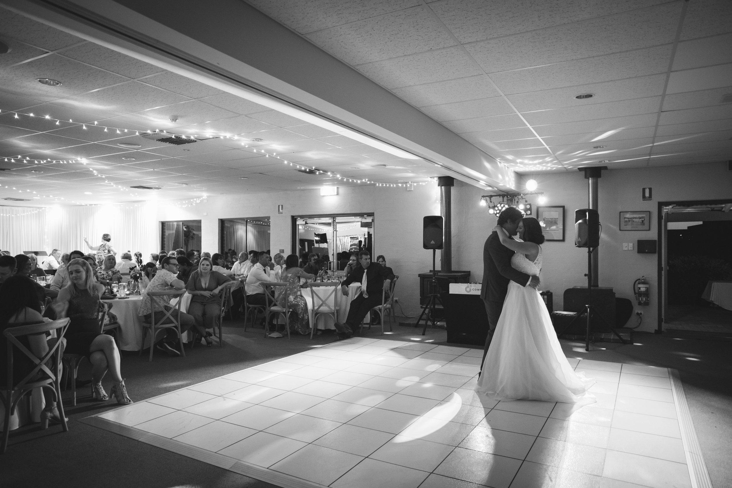 Angie Roe Photography Wheatbelt Avon Valley Farm Wedding (74).jpg