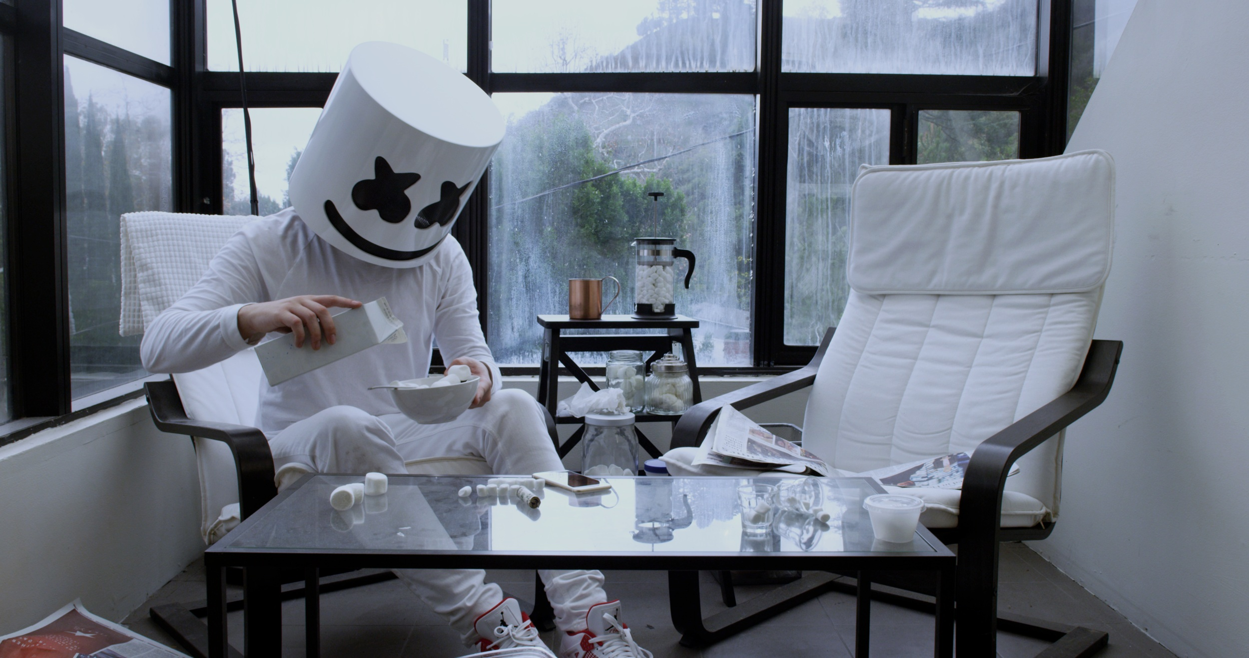<strong>Marshmello</strong><p>KEEP IT MELLO »</p>