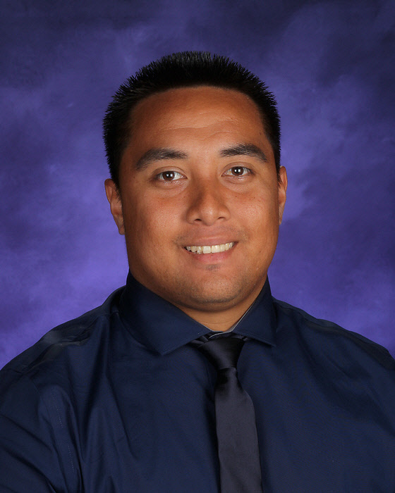 Anthony Tuitele - Wide Receivers Coach