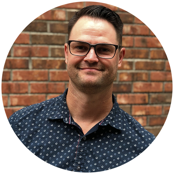 Pastor Jerry Tadlock - Jerry serves as our City Pointe Spectrum Pastor, as well as the Associates Pastor. Jerry is married to his wife, Melissa and they have two children, Gabe and Makenzie. Jerry is an avid runner and a seasoned blacksmith