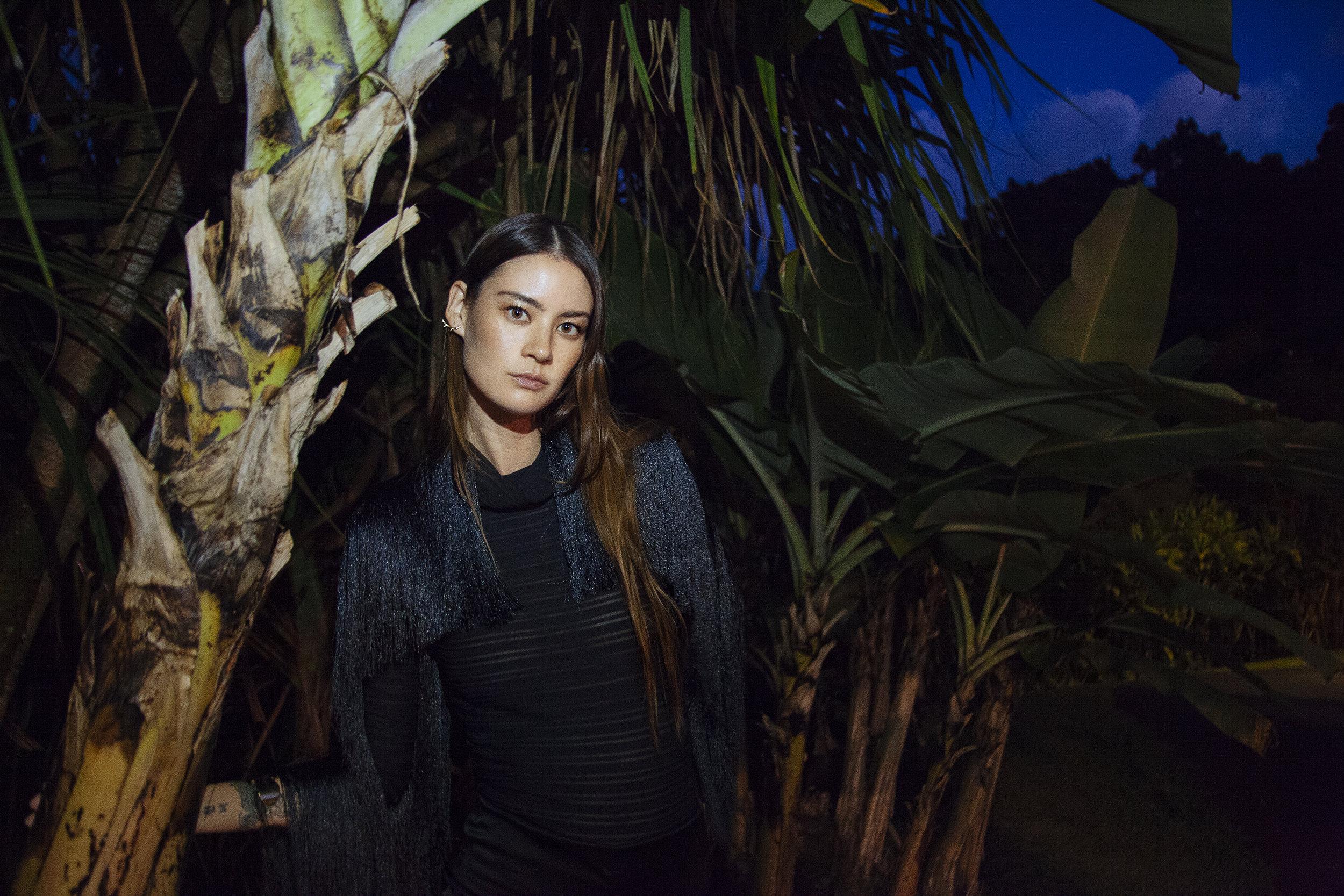 Top & Jacket : Manaola Hawaii /  Jewelry : Salty Girl