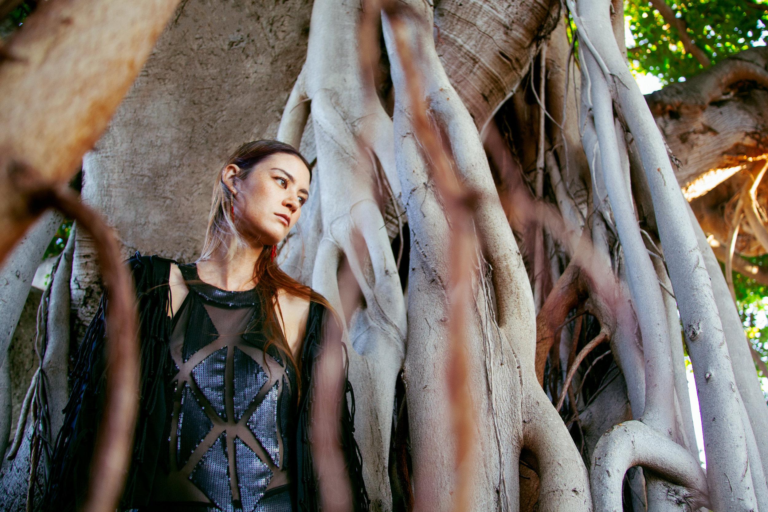 Swimsuit & Jacket : Manaola Hawaii /  Earrings : Salty Girl