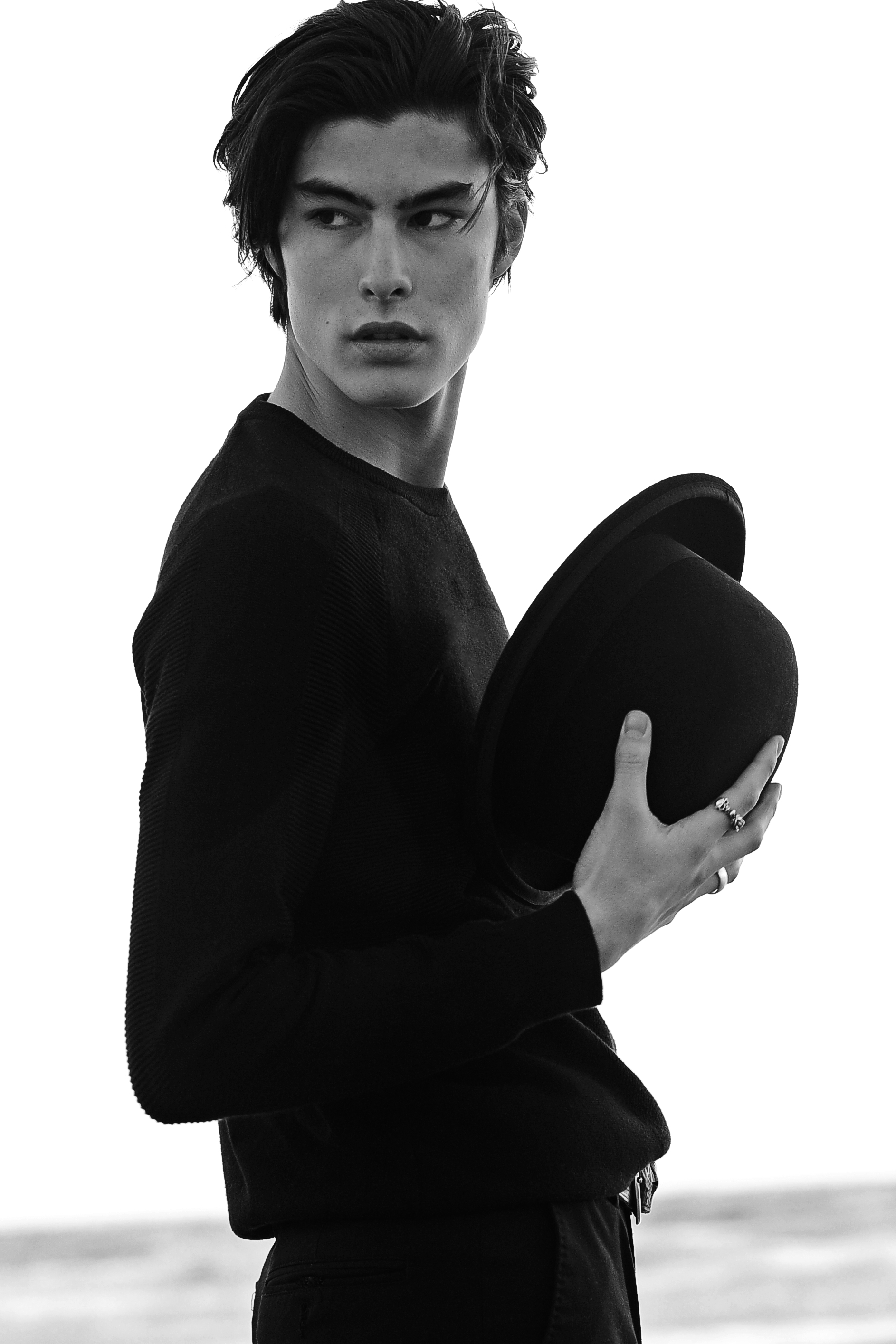Top: H&M / Rings: Vintage / Hat: Jacobson / Pants: Alexander McQueen