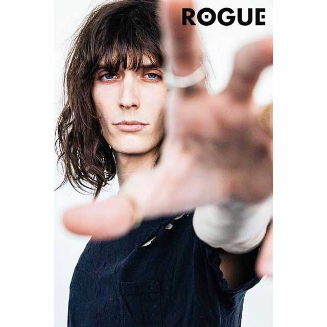 Model @justingossman for @roguemagazine's Winter Issue N°7. Justin talks with us about being the 1st male model to be the face of Nars @narsissist alongside @bellahadid and being the frontman of the band @thetoyguns  Photography by @stormshoots  Written by @heatherseidler  #justingossman #roguemagazine #nars @fusionmodelsnyc