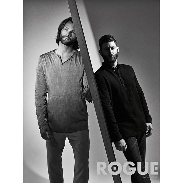 A never before seen shot from our shoot with the  @cw_supernatural's @jaredpadalecki and @jensenackles from Rogue's Issue N°4. Now in its 13th season, Rogue was the 1st magazine to do a full editorial with Jared, Jensen & Misha. Stay tuned for some more unreleased Supernatural images & extras coming to our site— #thesupernatural fans—you guys asked for more & we listened. More is on its way, you guys ready?! Photography by @benjoarwas  Styling by @chaboonski  Hair by @mariahnicolebeauty  Makeup by @alexanhernandez  Written by @heatherseidler  #jaredpadalecki #jensenackles #spnfamily #roguemagazine #supernatural #thewinchesters