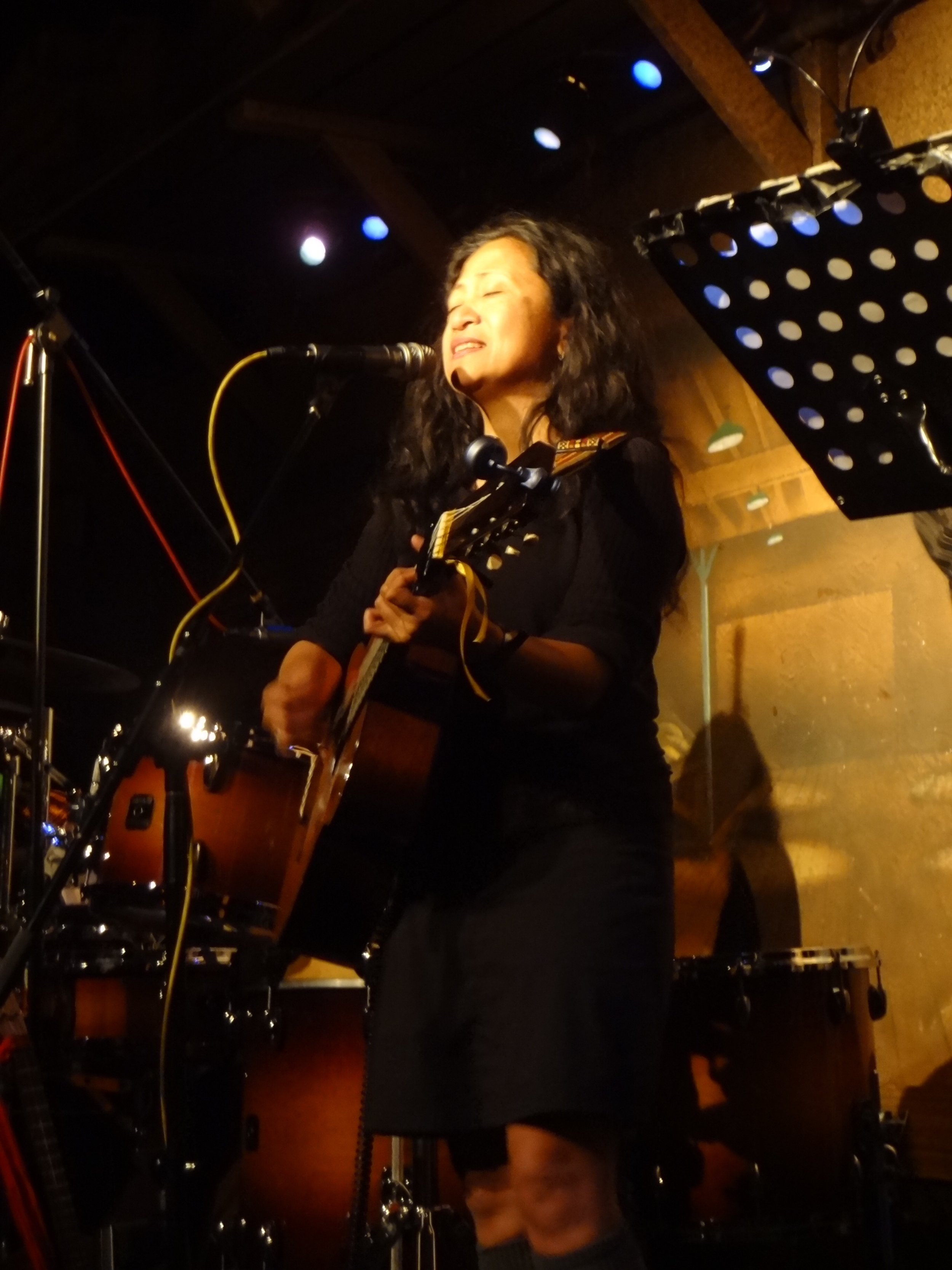 Aireene Espiritu  at the Coffee Gallery Backstage. photo by Cynthia Brando