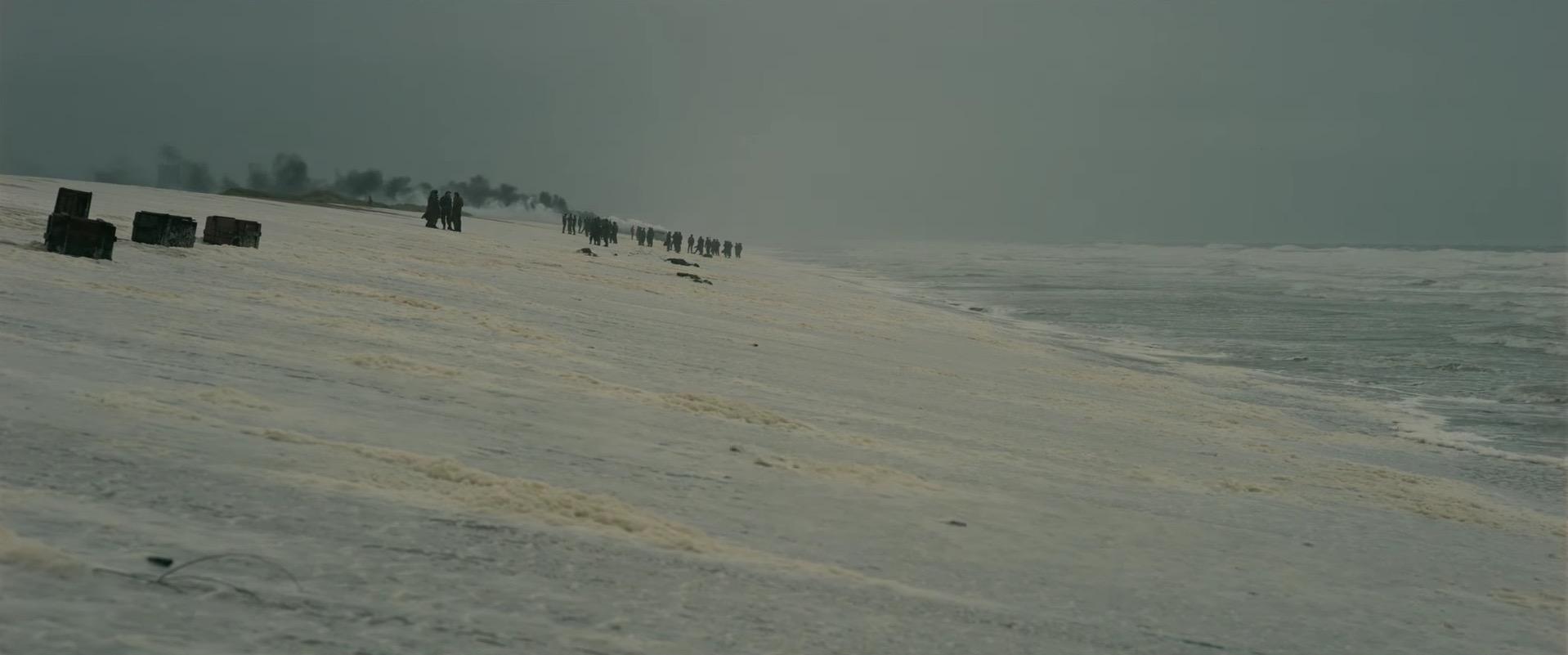 White foam on the beach in DUNKIRK (2017).
