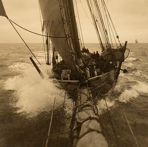 Tusitalia Cutting through Waves in Open Water, 1925 by Morris Rosenfeld on show at @marinersmuseum as part of their new photographic exhibition 'Seizing The Moment: The Evolution of Action Photography'. See link in bio for a link to our Journal page. © The Mariners' Museum, Horace Havemeyer III Collection  #havenmeyerfamily #morrisrosenfeld #mysticseaportmuseum #yachtphotography #photography #action #analoguevibes