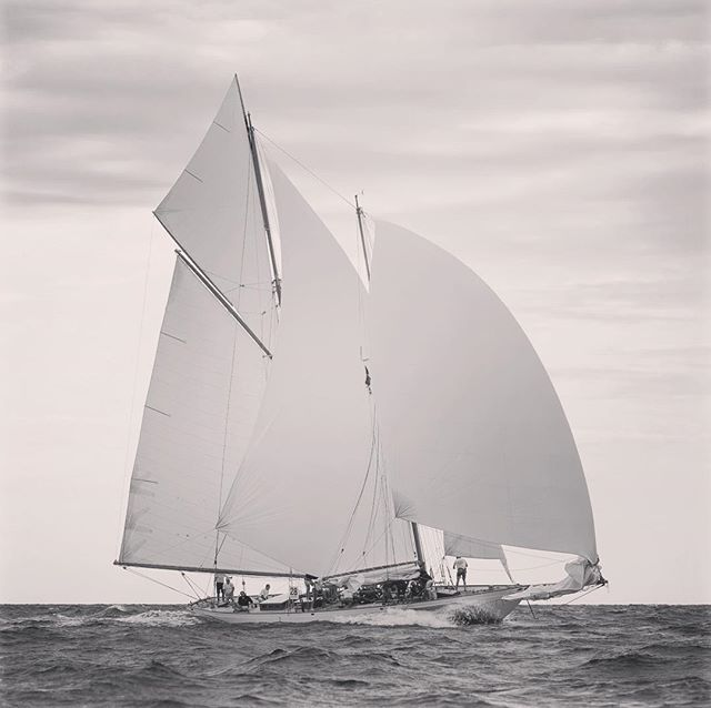 Wow. It's 5 years ago since KELPIE OF FALMOUTH got the splash in Gweek Boatyard, Kernow, after a rebuild.  What a lovely job that was as their videographer and photographer regularly trekking down SW to be welcomed by a medley of mad, hard working big characters rebuilding this schooner. Great memories were made on and off camera 📽.... Oh how time evaporates and the world of Classic yachting evolves. Find out where KELPIE is now, under new ownership, via @kelpieyachtcharters 📷 @boatphotographer #canon #70-200mm #canonlseries #yachtphotographer #boatphotographer #yachting #videoproduction #gweek #schooner #francissweisguthdesign #gaffschooner @north_sails  #pendennisshipyard #gweekboatyard #mariette1915 #herreshoff #bristol #rhodeisland #americandesign