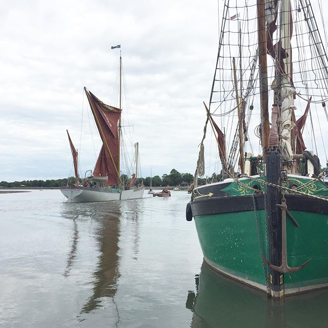 🧜🏼‍♀️ BLUE MERMAID, the first full size Thames Sailing Barge to be built since 1930, left the River Blackwater in Essex for the first time with a @seachangetrust charter on Sunday.  @seachangetrust have worked tirelessly alongside various small marine companies in the South West and East of England to build and launch this replica of an engineless Thames Sailing Barge. The original BLUE MERMAID was lost, along with her crew, during the Second World War to a mine.  BLUE MERMAID, under the helm of @seachangetrust, is now providing  residential opportunities to vulnerable young and mature people who are encouraged to explore the unique environment she offers and to build their confidence with this engineless little ship under sail.  Well done @seachangetrust @heritagemarinefoundation #ctomsandson @t.s.rigging AND all those patrons who kindly donated to this worthy charity.  @nationalhistoricships #thamessailingbarge #sailing #enginelesssailing #seachange #eastcoastofengland #traditionalboats #barge #thamesriver #woodenboat #steelboat #classicboat #essexcharities #sailingcharity #ukcharity #charity