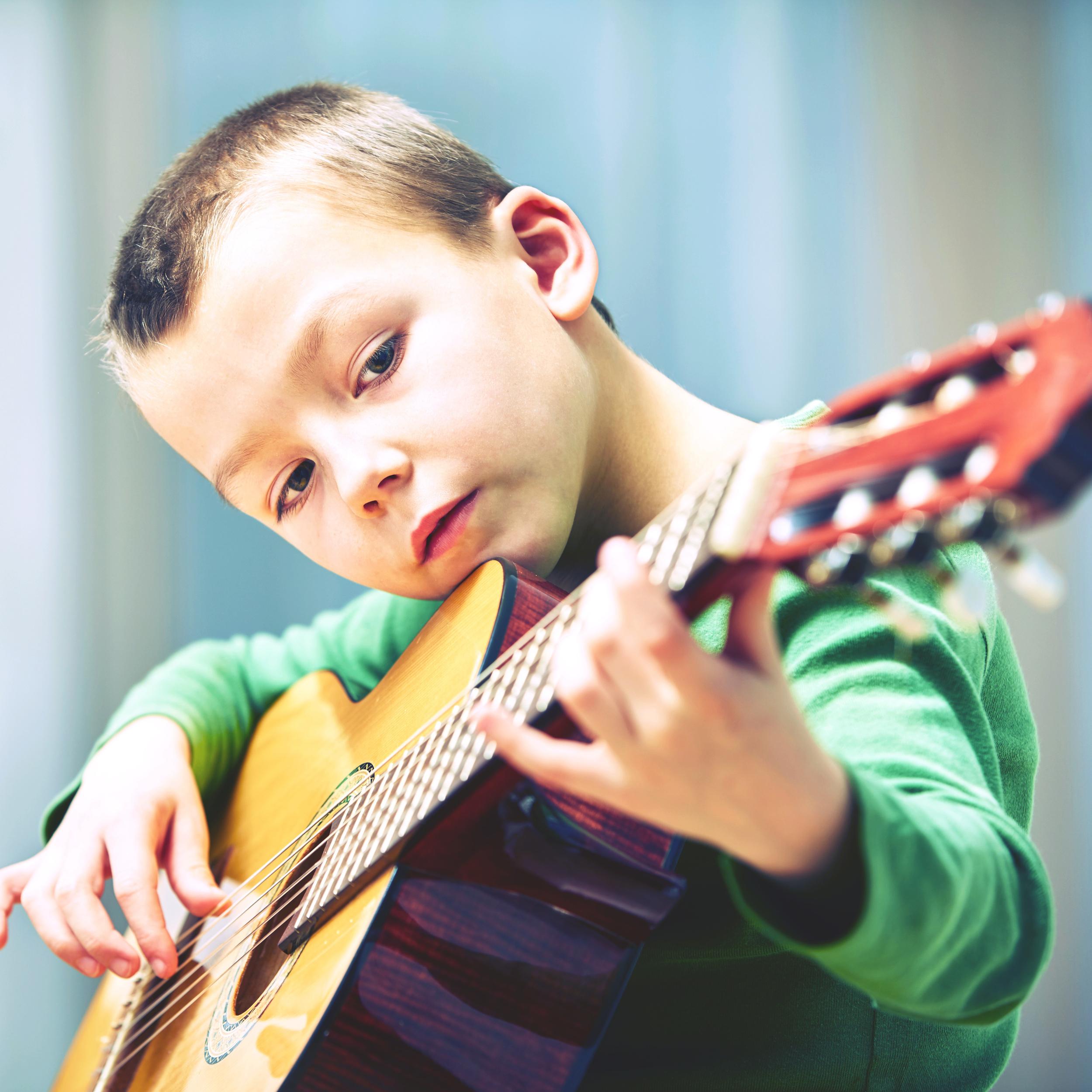 guitar-boy1.jpg