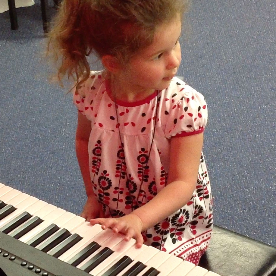 Keyboard-Lessons-For-Kids-at-Forte-School-of-Music