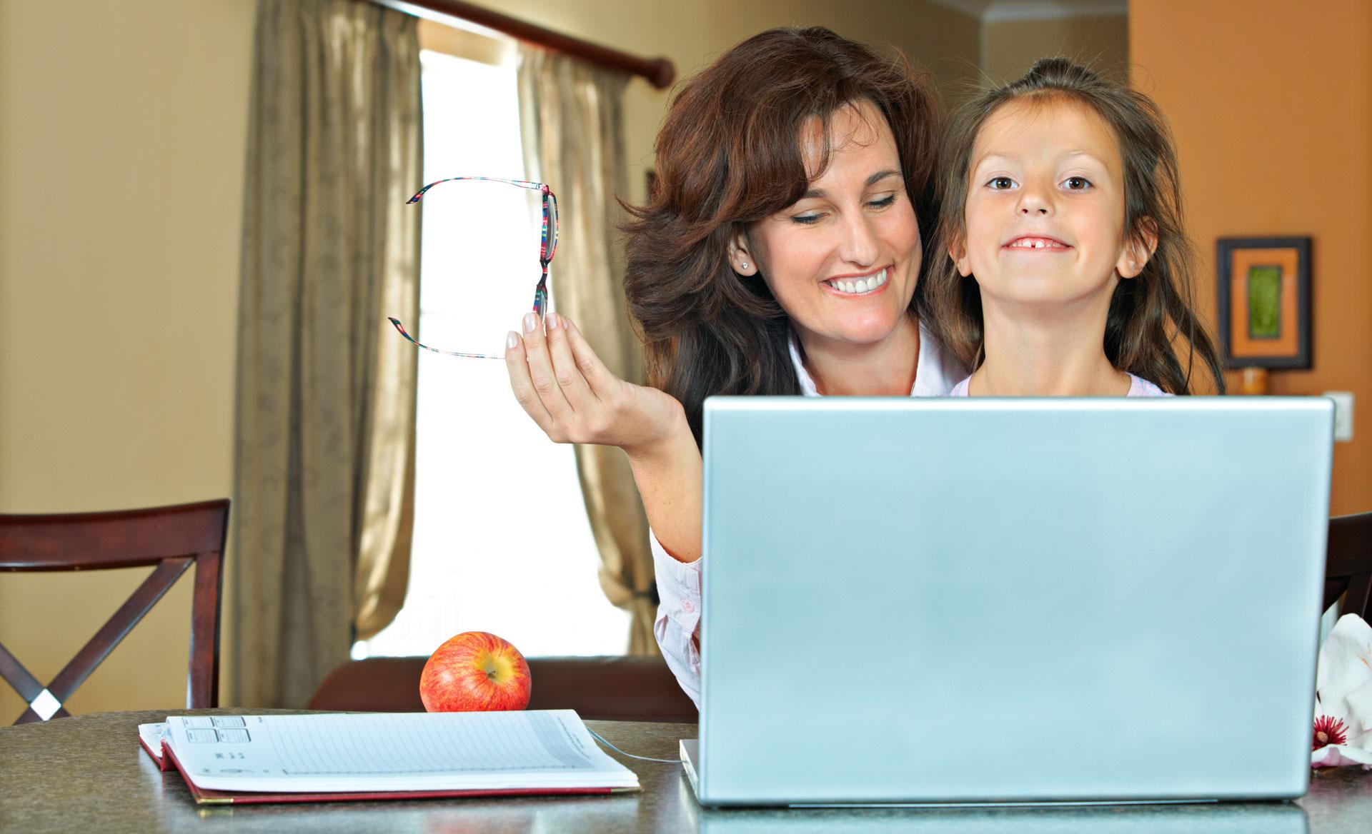 homeschooling-family.jpg