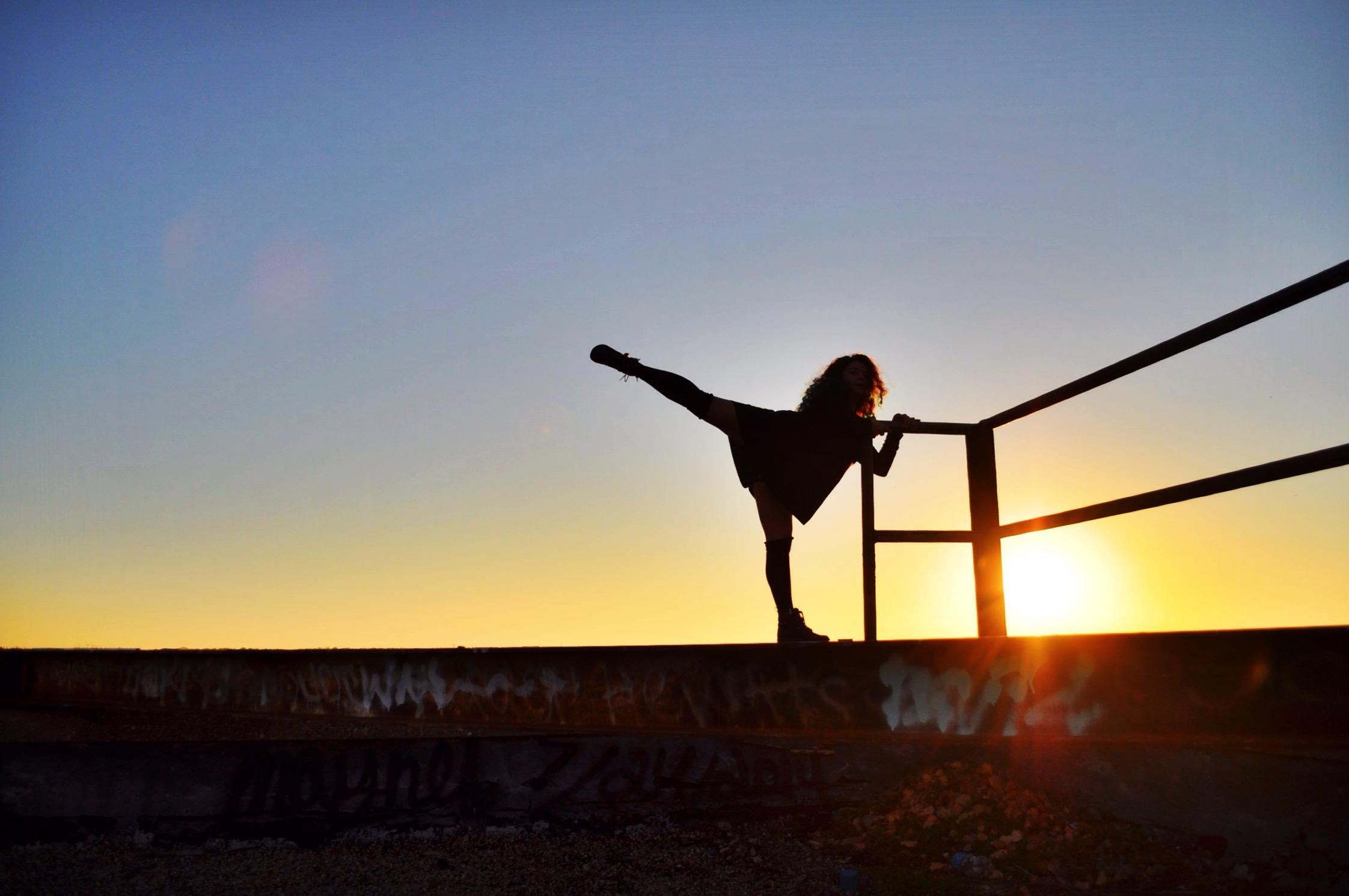 dance_sunrise_2