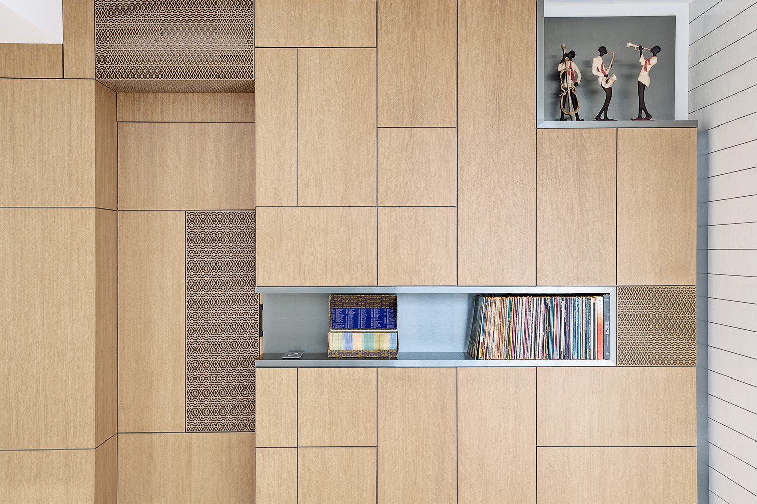 Double Skin Wall - Roula Assaf Architects