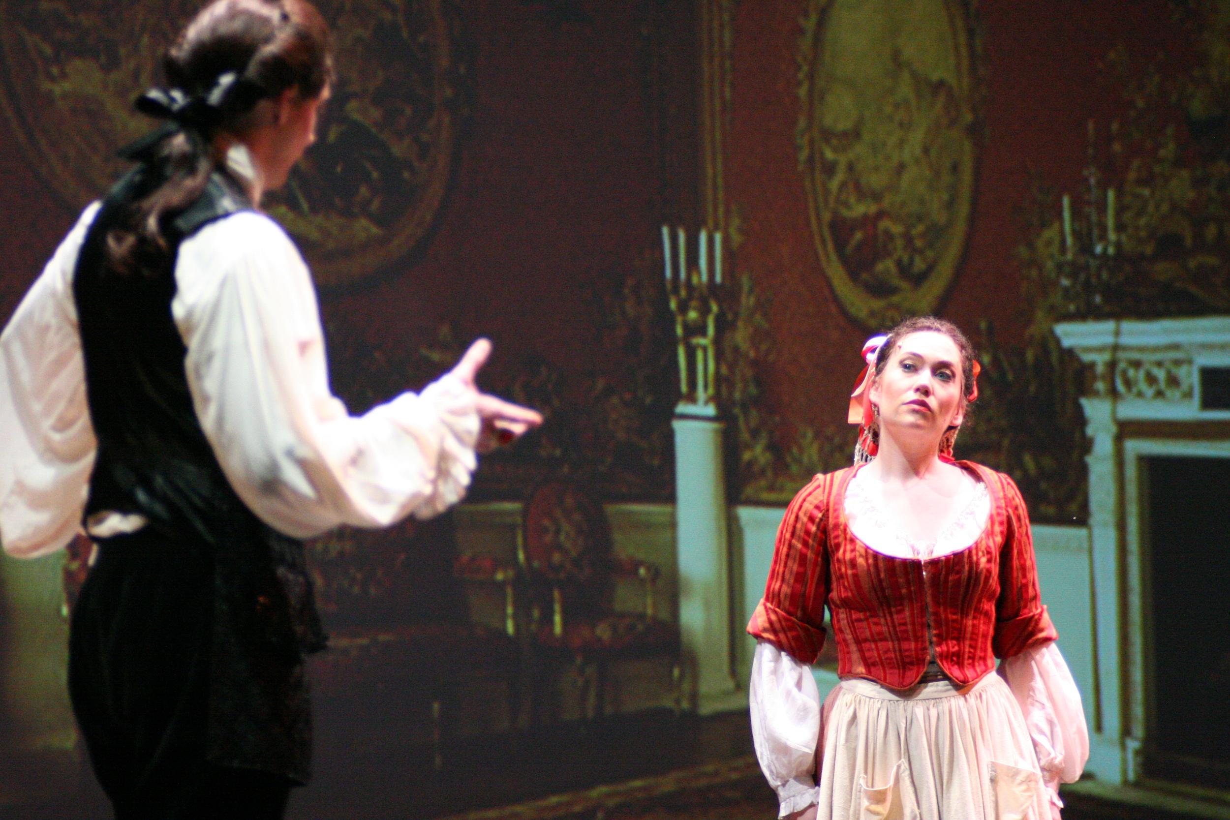 Susanna in LA NOZZE DI FIGARO, Houston Grand Opera 2006   © Ted Washington