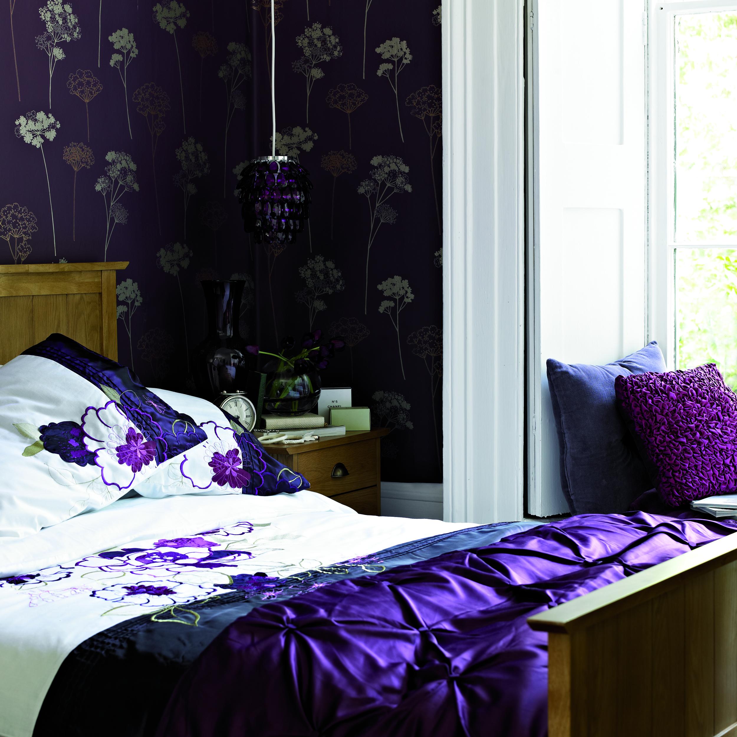 Wiltshire bedroom.jpg