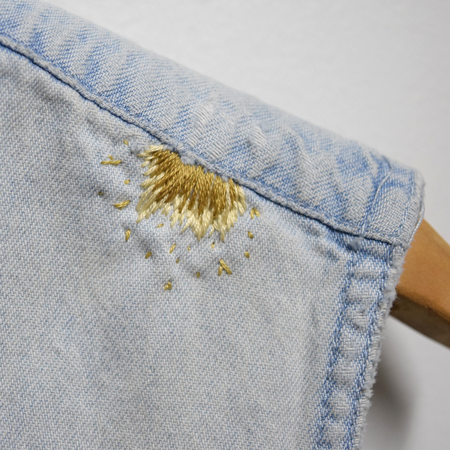 Embroidery Embellishments:Wednesday, November 8.6-7:30pm - Working with satin, blanket, and chain stitches, we will teach you how to embroider your way around stains, tears and mends.