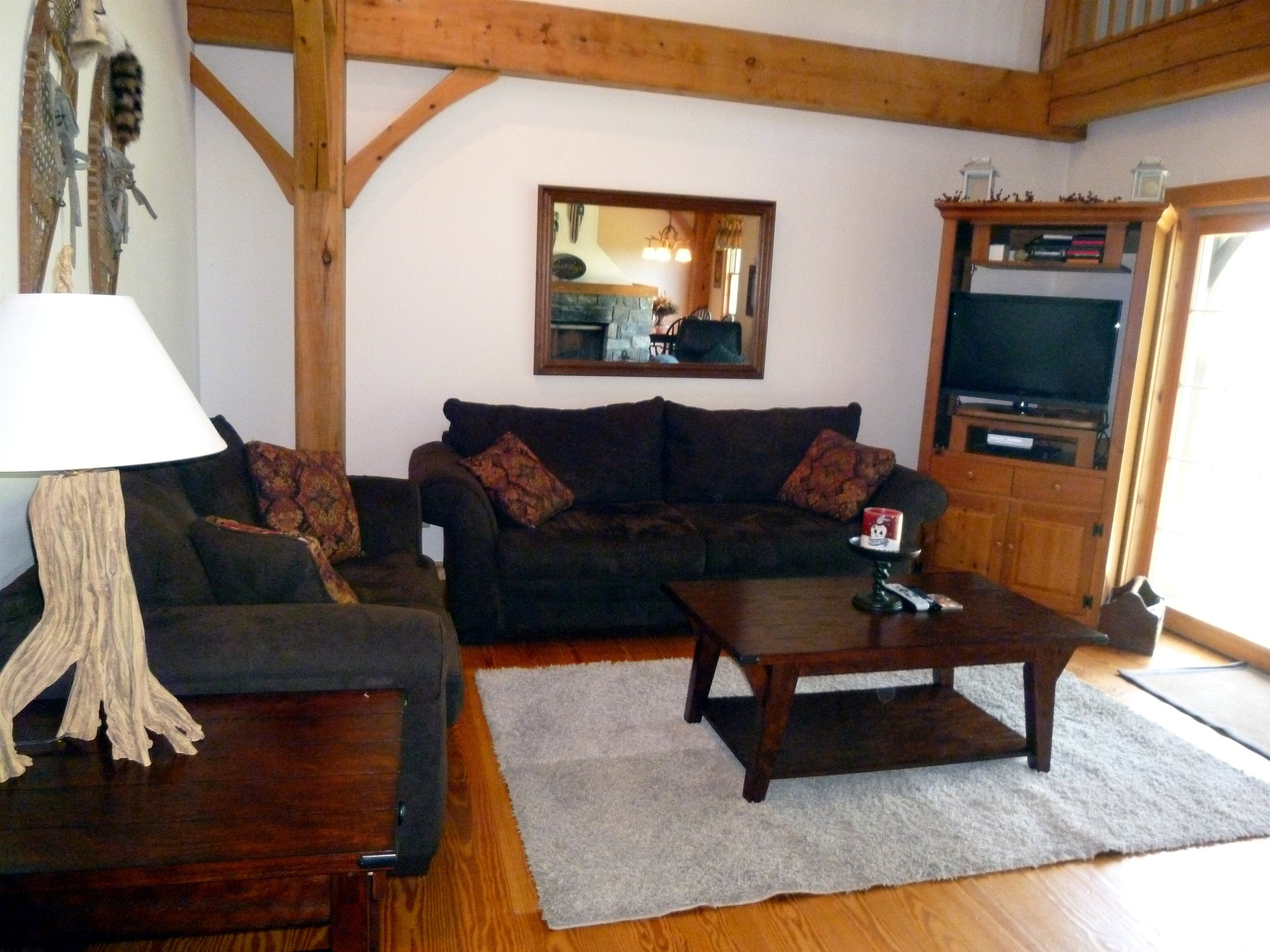 004_Livingroom.jpg