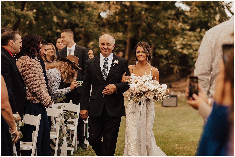 whimsical-summer-wedding-boise-idaho-las-vegas-bride110.jpg
