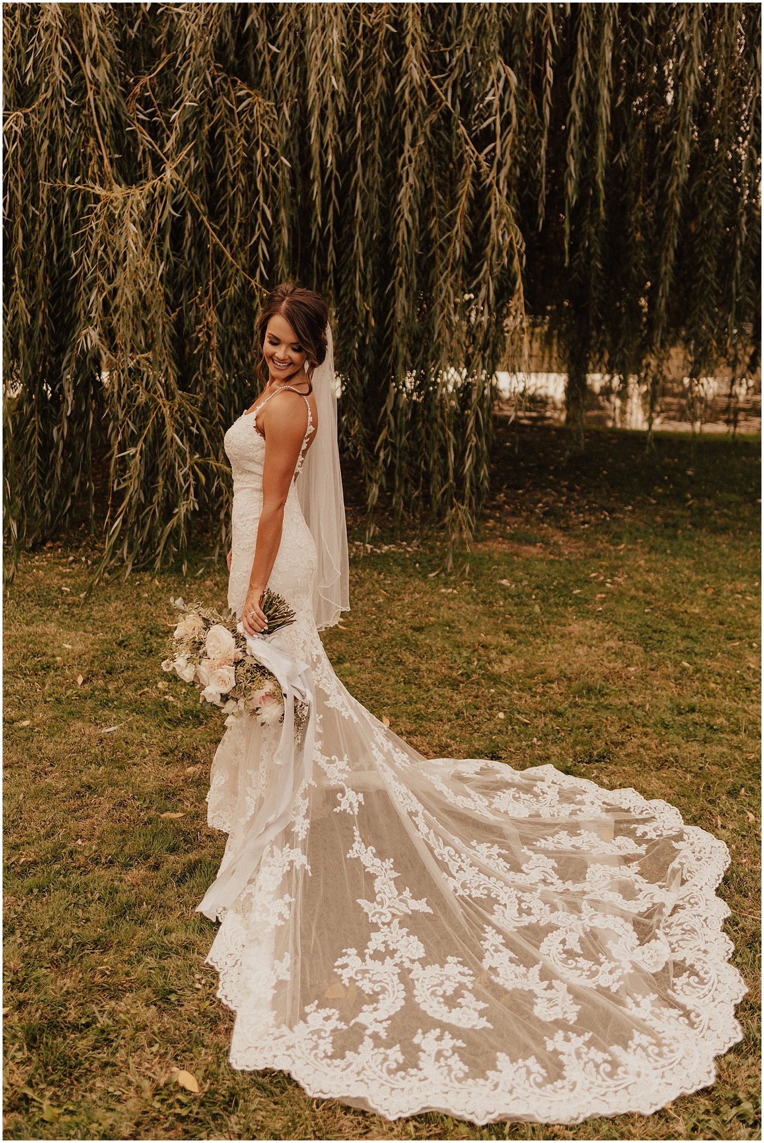 whimsical-summer-wedding-boise-idaho-las-vegas-bride158.jpg