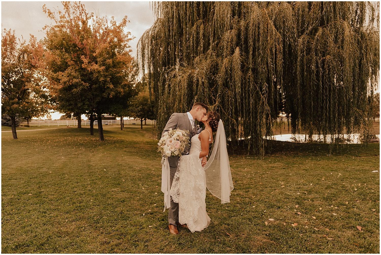 whimsical-summer-wedding-boise-idaho-las-vegas-bride175.jpg