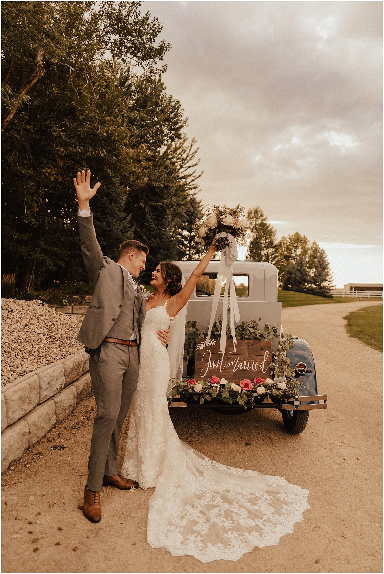 whimsical-summer-wedding-boise-idaho-las-vegas-bride177.jpg