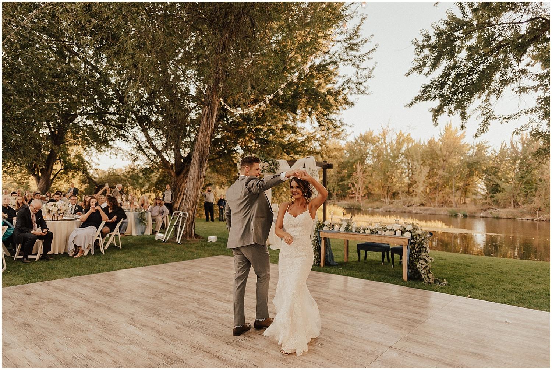 whimsical-summer-wedding-boise-idaho-las-vegas-bride190.jpg