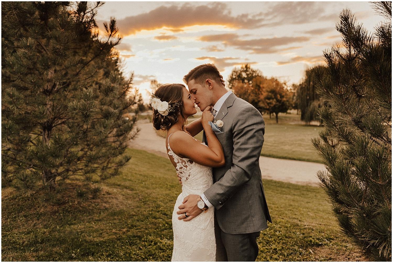 whimsical-summer-wedding-boise-idaho-las-vegas-bride200.jpg